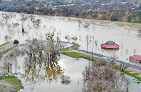 人民日报:水坝险情暴露美国基建投入不足