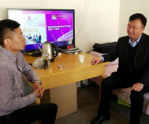 市水务局局长魏孔仁同志深入联系村调研指导双联工作