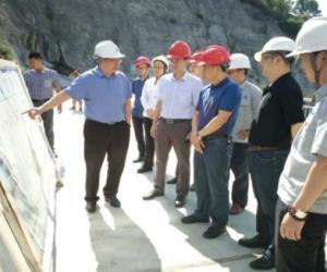 毛碧副指挥长率队检查督导工程建设情况