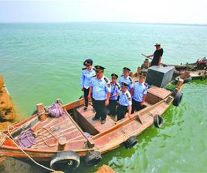 巡航海岛保护蓝色生态