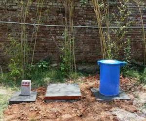 昭通市地下水监测站井口保护筒安装、水准点、标志牌埋设基本完成