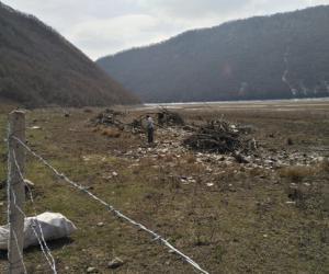 市水务局对曲家营水库进行环境整治