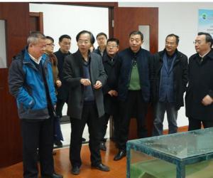 沈毅副局长陪同王金泉组长一行到 省淡水水产研究所调研