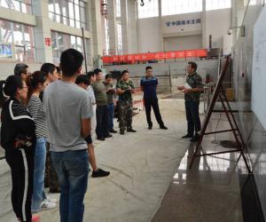 台儿庄泵站开展第二次实地教学活动