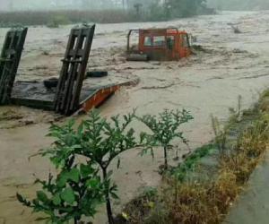 强降雨致陕西三市6.97万人受灾 紧急转移1.97万人