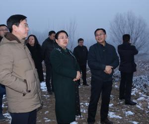 市政府副市长、市级河长杨伟坤巡查河道管理工作