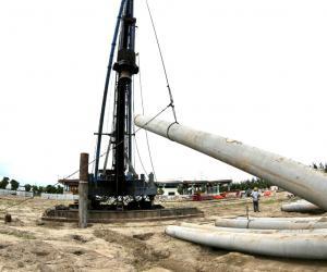 严格确保工业废水处理系统达标运行 集聚区20万吨/日污水强化脱氮工程动工建设