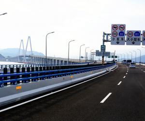 乐清湾跨海大桥即将通车